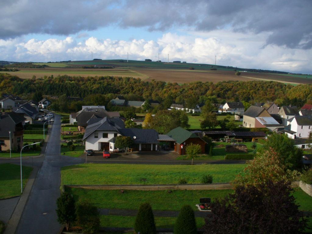 Blick auf den Ort aus dem alten Kirchturm